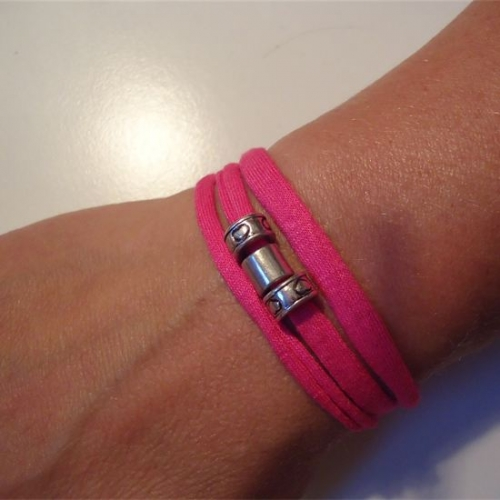 Armbandje_roze